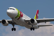 Airbus A320-214 - CS-TNG operated by TAP Portugal