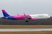 Airbus A321-231 - HA-LXH operated by Wizz Air