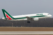 Airbus A320-214 - I-BIKC operated by Alitalia