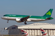 Airbus A320-214 - EI-DVH operated by Aer Lingus