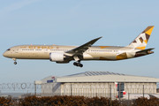 Boeing 787-9 Dreamliner - A6-BLI operated by Etihad Airways