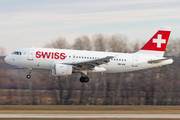 Airbus A319-112 - HB-IPV operated by Swiss International Air Lines
