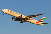 Boeing 777-300ER - A6-ENW operated by Emirates