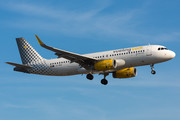 Airbus A320-232 - EC-MVE operated by Vueling Airlines