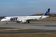 Embraer 190-200LR - SP-LNK operated by LOT Polish Airlines