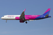Airbus A321-271NX - HA-LVA operated by Wizz Air
