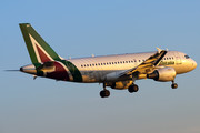 Airbus A319-112 - EI-IMF operated by Alitalia