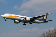Boeing 777-300ER - VT-JEK operated by Jet Airways
