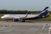 Airbus A320-214 - VQ-BPV operated by Aeroflot