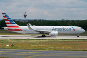 Boeing 767-300ER - N379AA operated by American Airlines