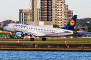 Embraer 190-100LR - D-AECG operated by Lufthansa CityLine