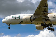 Boeing 777-200ER - AP-BGK operated by Pakistan International Airlines (PIA)
