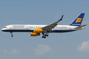 Boeing 757-200 - TF-ISY operated by Icelandair