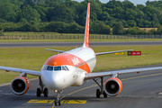 Airbus A320-214 - G-EZTC operated by easyJet