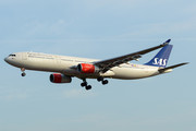 Airbus A330-343 - LN-RKH operated by Scandinavian Airlines (SAS)