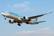 Boeing 777-300ER - HL7202 operated by Korean Air
