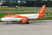 Airbus A320-214 - OE-ICK operated by easyJet Europe