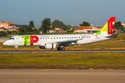 Embraer E190LR (ERJ-190-100LR) - CS-TPT operated by TAP Express