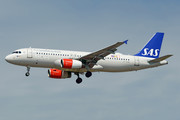 Airbus A320-232 - OY-KAN operated by Scandinavian Airlines (SAS)