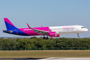 Airbus A321-271NX - HA-LVF operated by Wizz Air