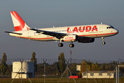 Airbus A320-233 - OE-LOW operated by LaudaMotion