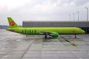 Airbus A321-211 - VQ-BQI operated by S7 Airlines