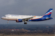 Airbus A320-214 - VQ-BKU operated by Aeroflot