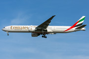Boeing 777-300ER - A6-EGX operated by Emirates
