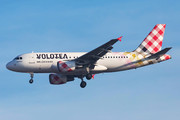 Airbus A319-111 - EC-NDH operated by Volotea