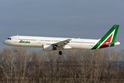 Airbus A321-112 - EI-IXH operated by Alitalia