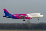 Airbus A320-232 - HA-LPL operated by Wizz Air