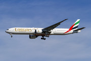 Boeing 777-300ER - A6-EGZ operated by Emirates