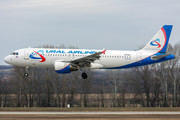 Airbus A320-214 - VQ-BDJ operated by Ural Airlines