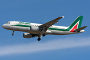 Airbus A320-214 - I-BIKD operated by Alitalia