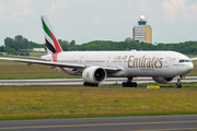 Boeing 777-300ER - A6-EBM operated by Emirates