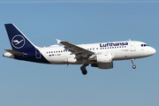 Airbus A319-112 - D-AIBF operated by Lufthansa