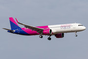 Airbus A321-271NX - HA-LVH operated by Wizz Air