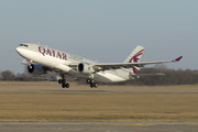 Airbus A330-202 - A7-ACJ operated by Qatar Airways