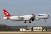 Airbus A321-231 - TC-JTF operated by Turkish Airlines