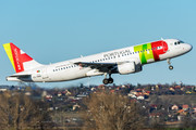Airbus A320-214 - CS-TNM operated by TAP Portugal