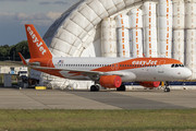 Airbus A320-214 - OE-IZH operated by easyJet Europe