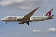 Boeing 787-8 Dreamliner - A7-BCX operated by Qatar Airways