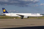 Airbus A321-231 - D-AISD operated by Lufthansa