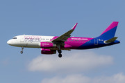 Airbus A320-232 - HA-LYG operated by Wizz Air