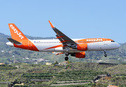 Airbus A320-214 - G-EZOP operated by easyJet