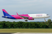 Airbus A321-271NX - HA-LVK operated by Wizz Air