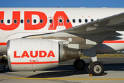 Airbus A320-214 - OE-LMJ operated by LaudaMotion