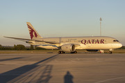 Boeing 787-8 Dreamliner - A7-BCV operated by Qatar Airways