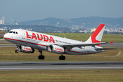Airbus A320-232 - OE-LOY operated by LaudaMotion