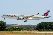 Airbus A350-941 - A7-ALF operated by Qatar Airways